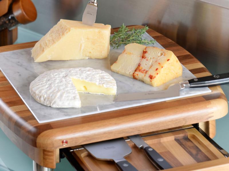 https://www.alexandercoltelli.it/tagliere-formaggio-quadrato-marmo